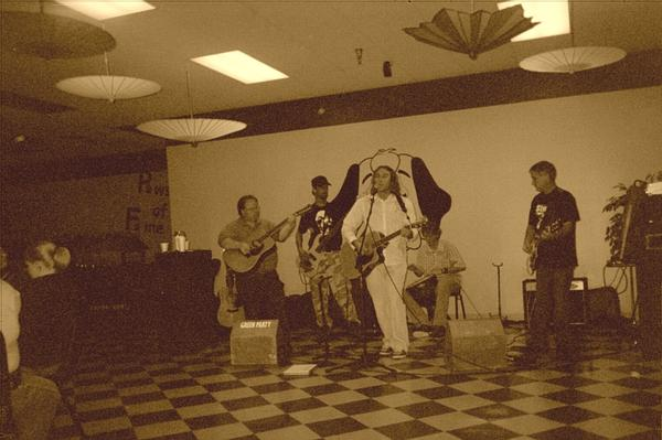 Bornwell at Sebastians in the mall Oct 06.jpg