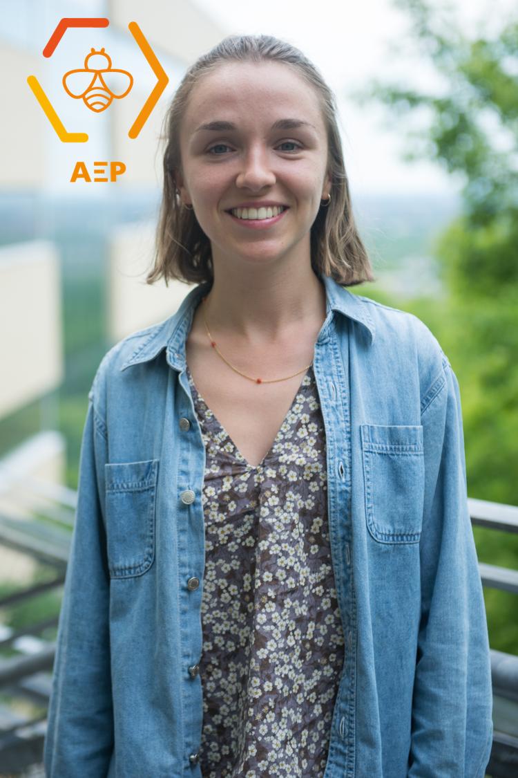 Joséphine De Bruycker, coordonnatrice aux affaires universitaires 2018-2019