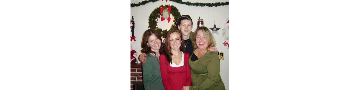 XMAS Lisa Brett Mom Laura WHITE.jpg