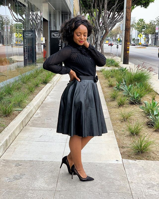 Took this photo a while back. Nothing really to say except, I was feeling my postpartum body. 🤷🏾♀️ . . . . . . #stylediaries#whatiwore#jessicasimpsonshoes#actress#fallfashion#fashionblog#fblogger#ootd#ootdshare#womenstyle#allblackoutfit#fashiondiary#outfitpost#womenstyle#streetstyle#fashionista#postpartumstyle#fashiongram#blackfashionblogger#lookbook#fauxleatherskirt#
