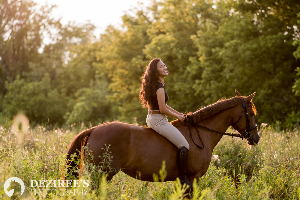 Isabella, who does dressage,wore a casual English riding outfit. I loved how simple it was, plus it was clearly pretty easy for her to do riding photos!