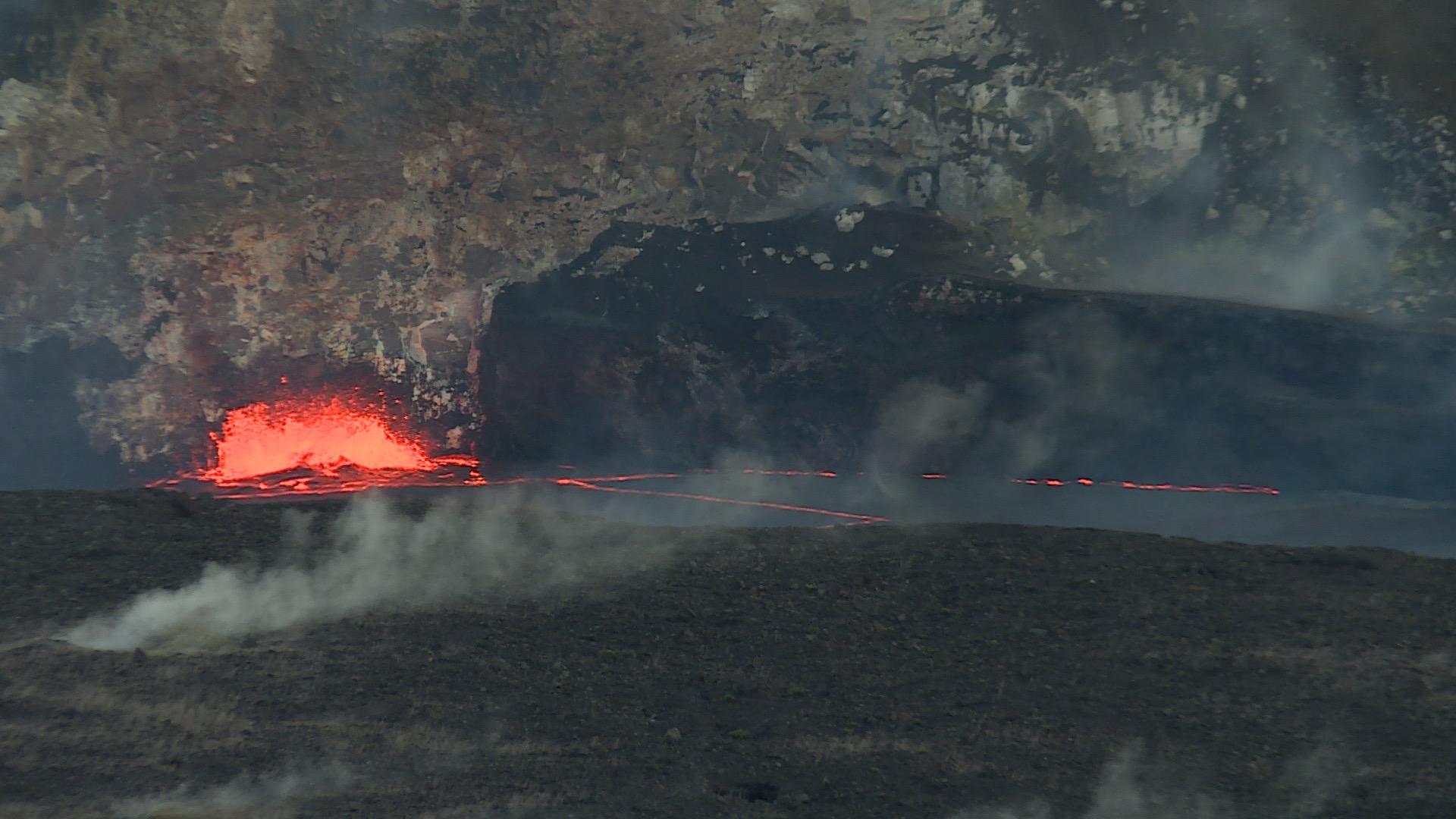 Volcanoes Nat Park.jpg