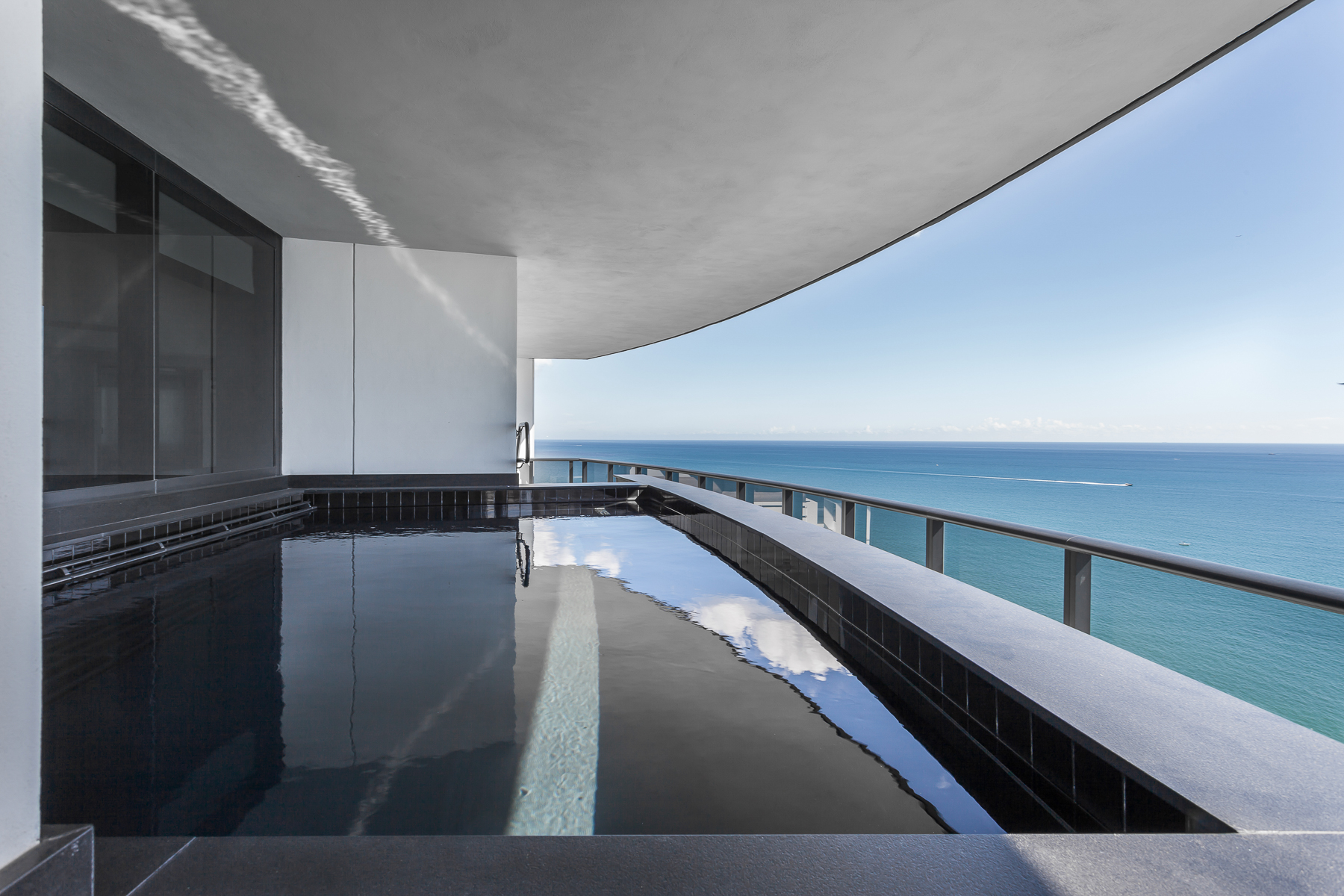 Private Pool on Balcony.jpg