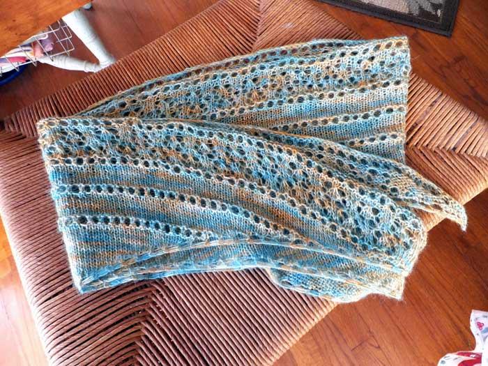 shawl-folded-1180.jpg