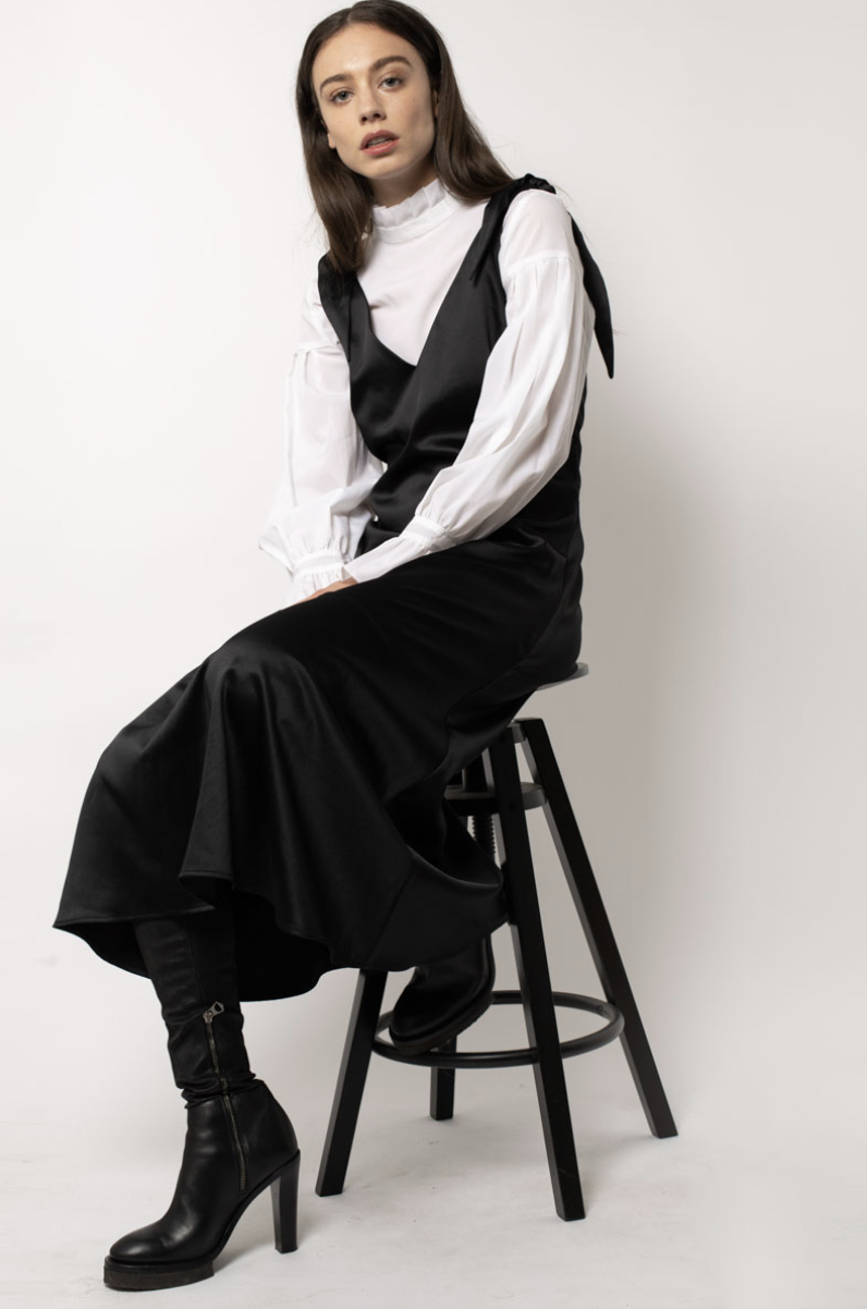 Aéryne - Swedish fashion brand based in Paris focused on empowering women through style.