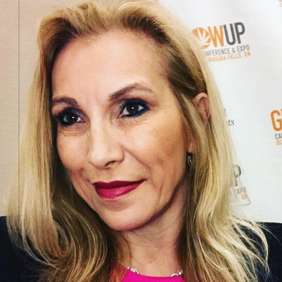 "#4 Cheryl Shuman - ""Cheryl Shuman brings 25 years of industry experience to her agency with a list of satisfied clients including such stars as Tom Cruise, Madonna, Arnold Schwarzenegger, Demi Moore, Michael Jackson, Steven Tyler, the Black Eyed Peas and hundreds of other celebrities with through her first company, Starry Eyes. Shuman specializes in lifestyle, entertainment and consumer marketing, never underestimating the importance of viral marketing as well as grassroots initiatives."""