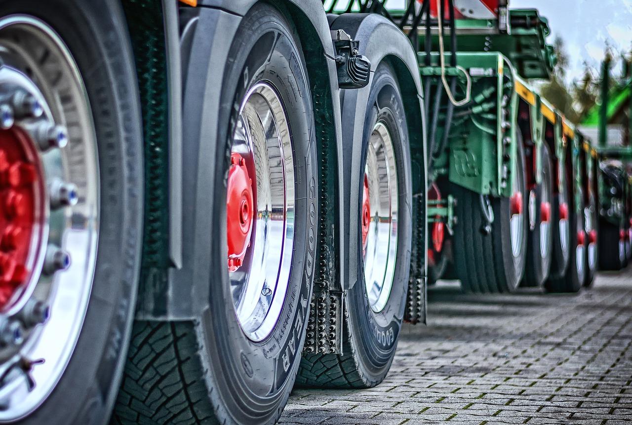 truck-2920533_1280.jpg