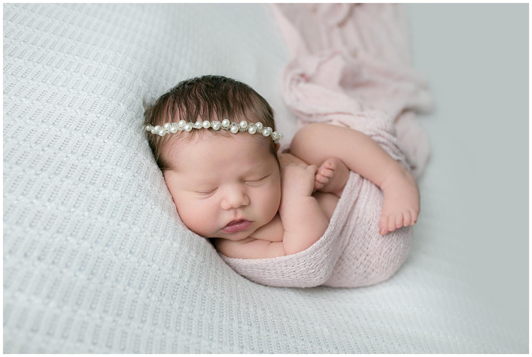 Newborn photographer columbus ohio_0301.jpg