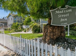 Madison Street Inn Sign.jpg