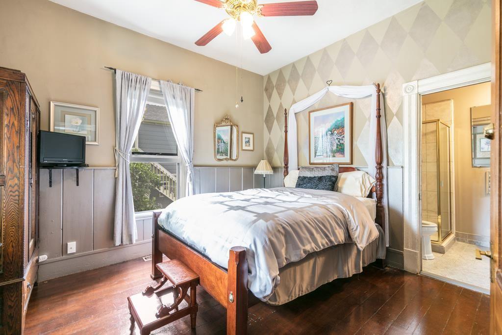 Bedroom .2.jpg