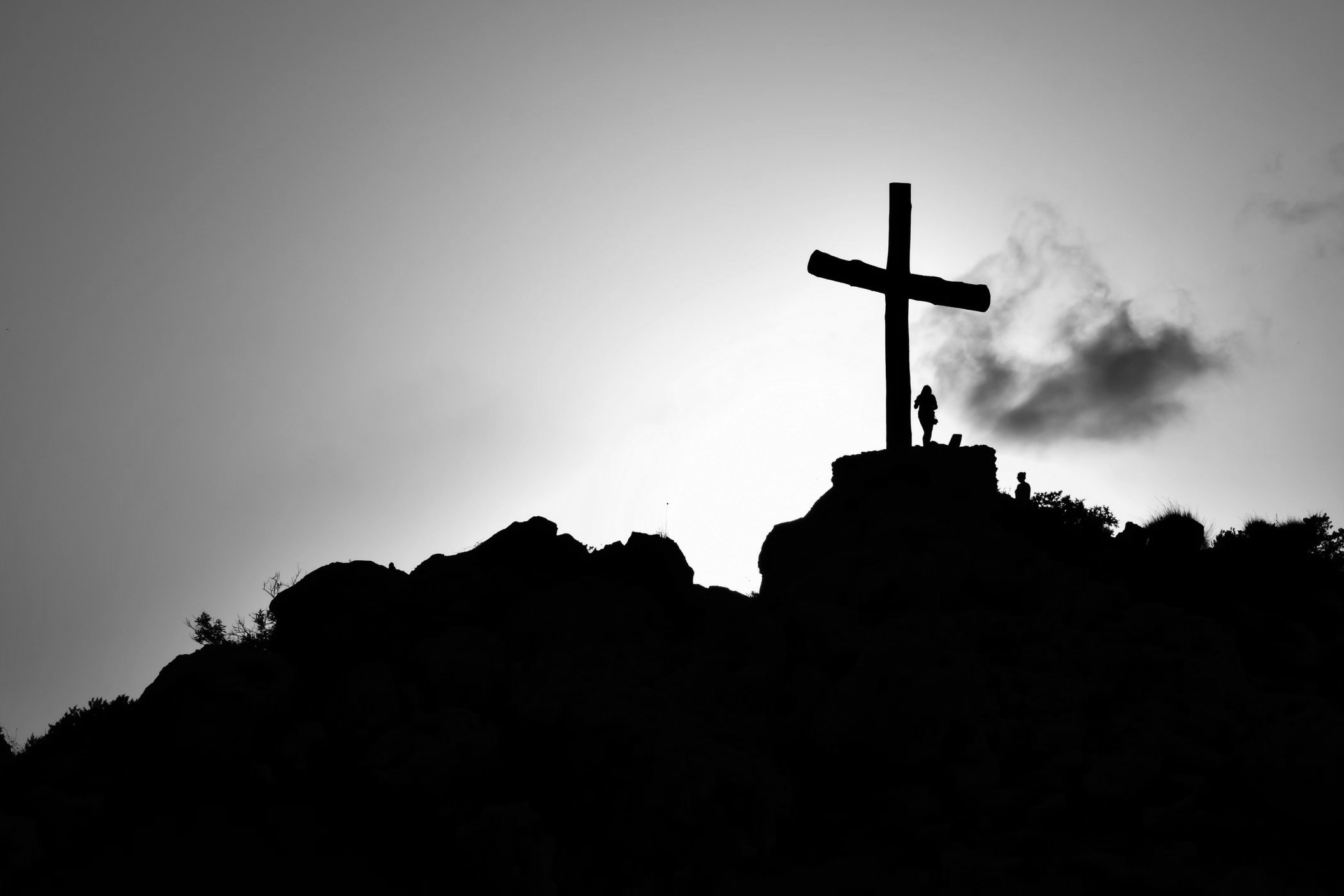 backlit-cemetery-christianity-415571.jpg