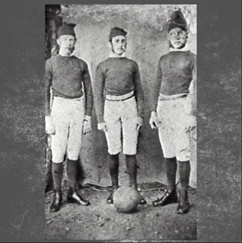 WOLLONGONG FOOTBALLERS.CLOTHING AND DRESS.DATE NOT KNOWN - Wollongong City Libraries
