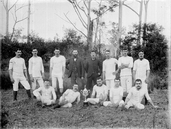 MINMI RANGERS FOOTBALL CLUB.-1900- - (TROVE)