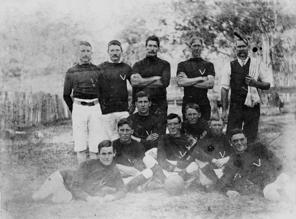 FOOTBALL TEAM FROM THE KILCOY DISTRICT, CA. 1900 - Brisbane John Oxley Library, State Library of Queensland