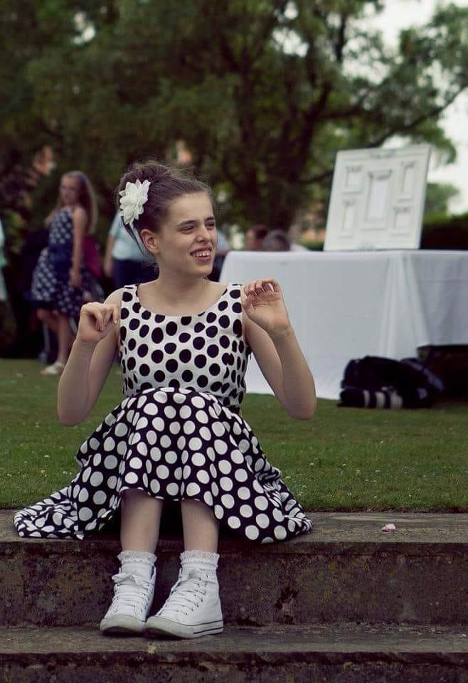 Chloe 21 England Scholz.JPG