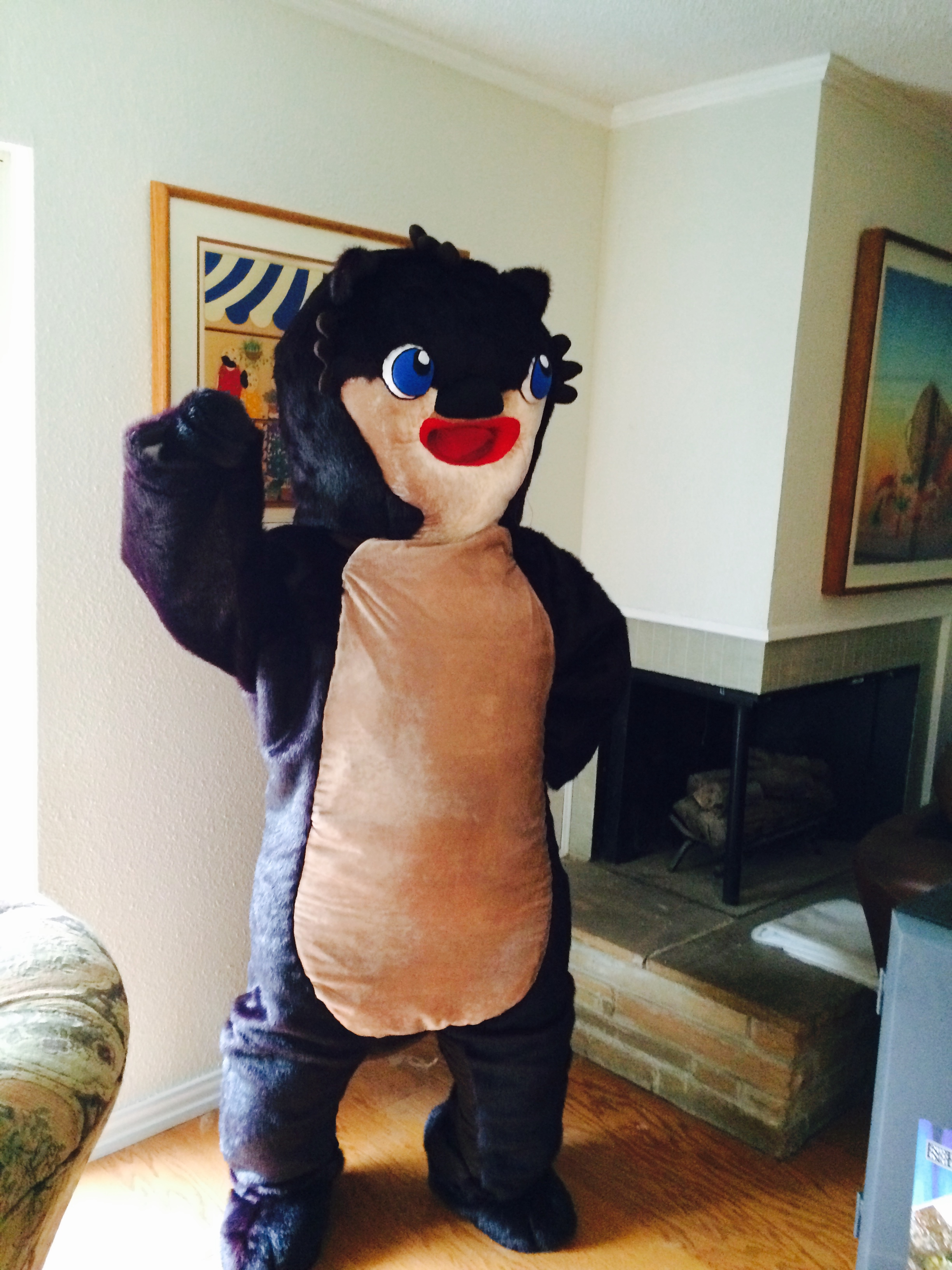 Otter suit – engineered the interior of the head and built the frame and padded it. Made the pattern for the suit.