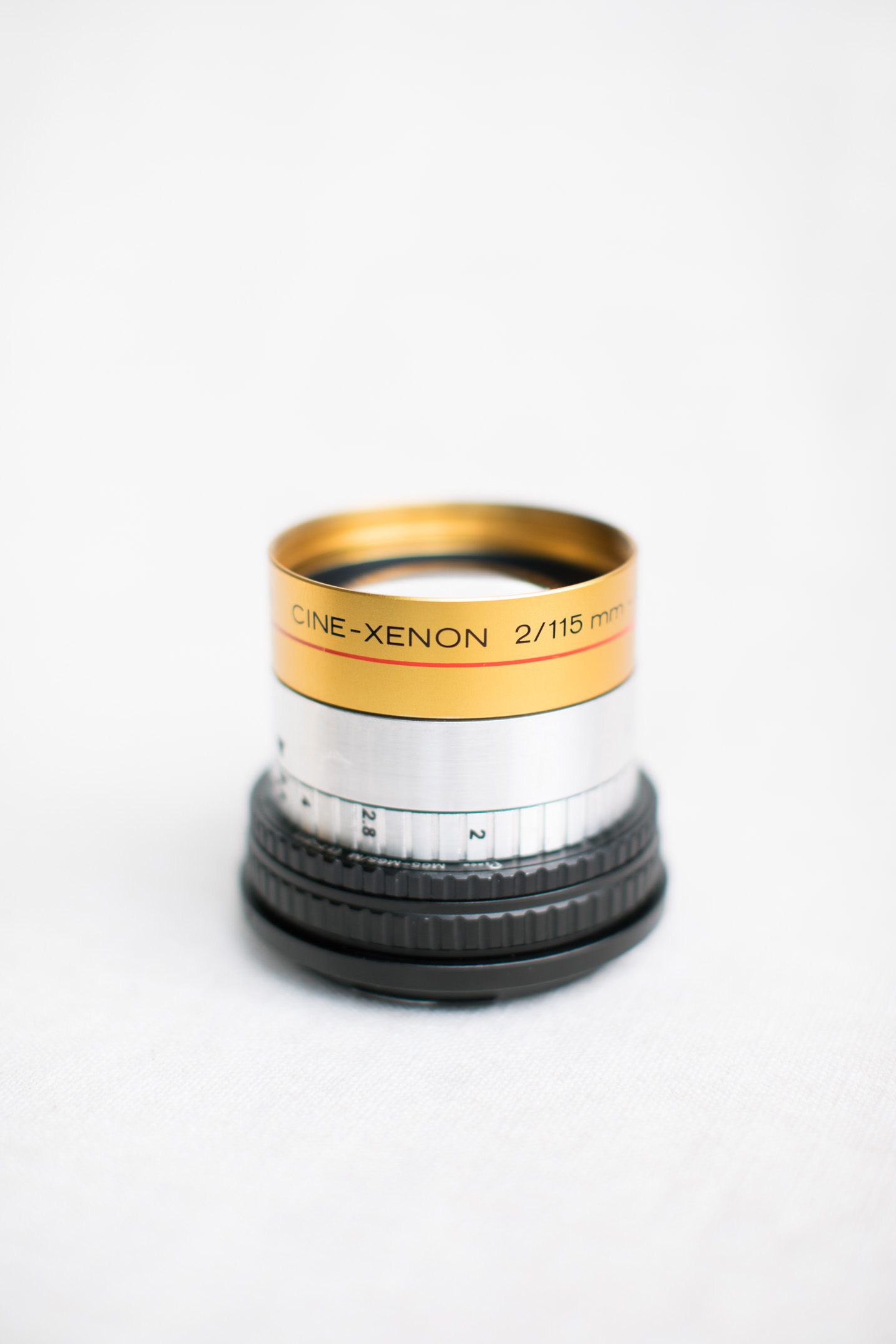 Schneider Cine-Xenon 115mm f/2 lens with variable aperture for Pentax 67