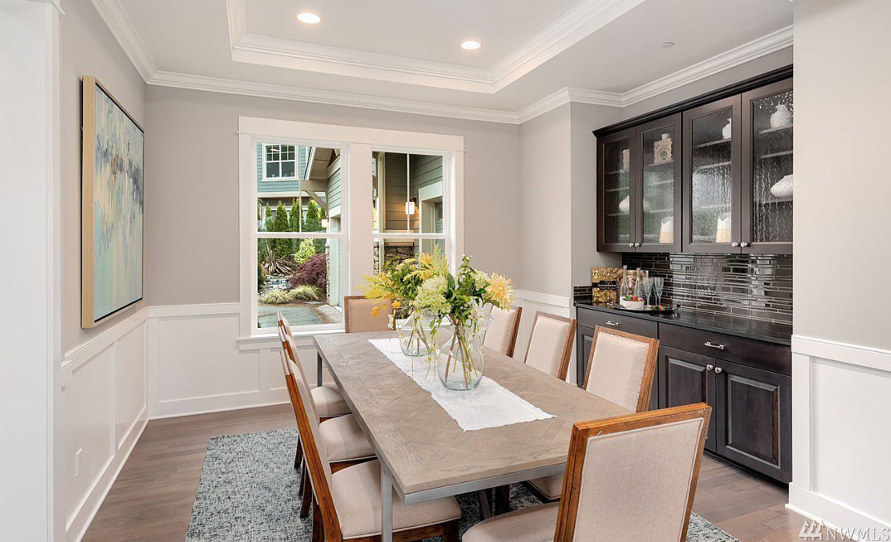 The formal dining area is perfect for dinner parties or events!