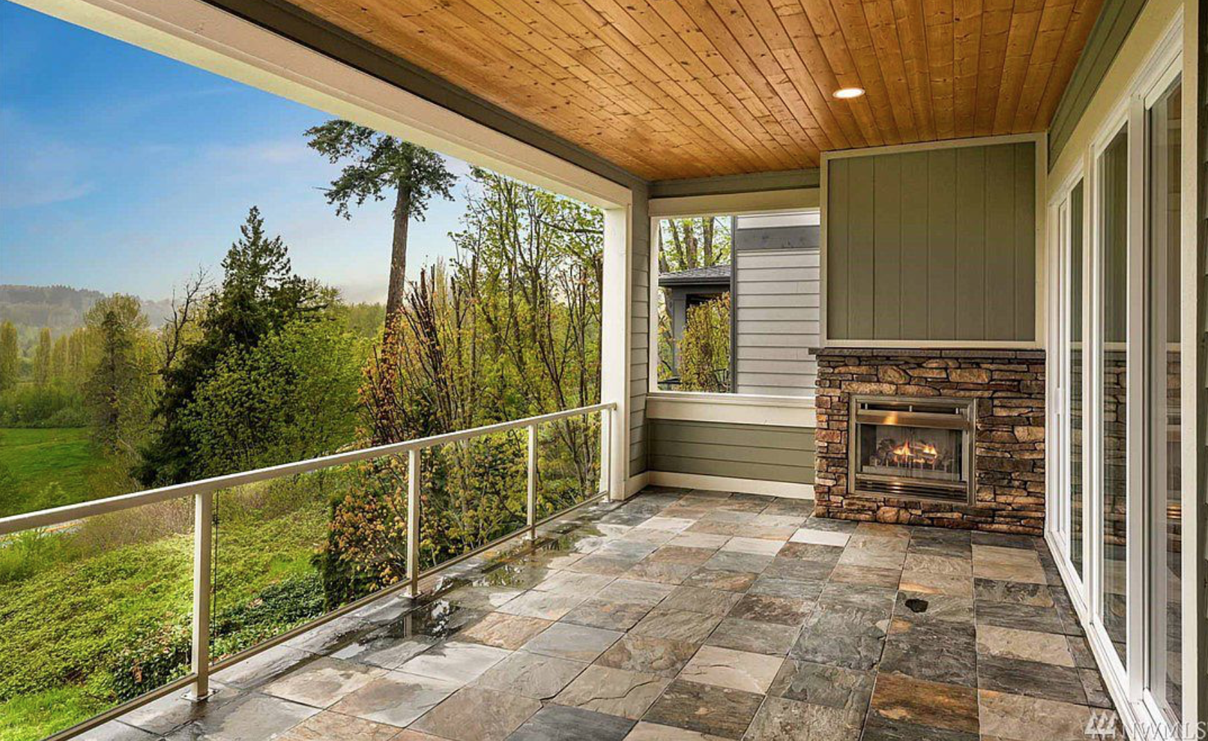 Each floor of this brand new home is complete with an expansive private terrace which allows for stunning west facing views of the Sammamish Valley and Burke-Gilman trail!