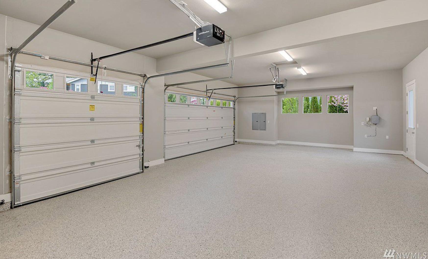 massive 3 car garage, private drive and cul de sac!