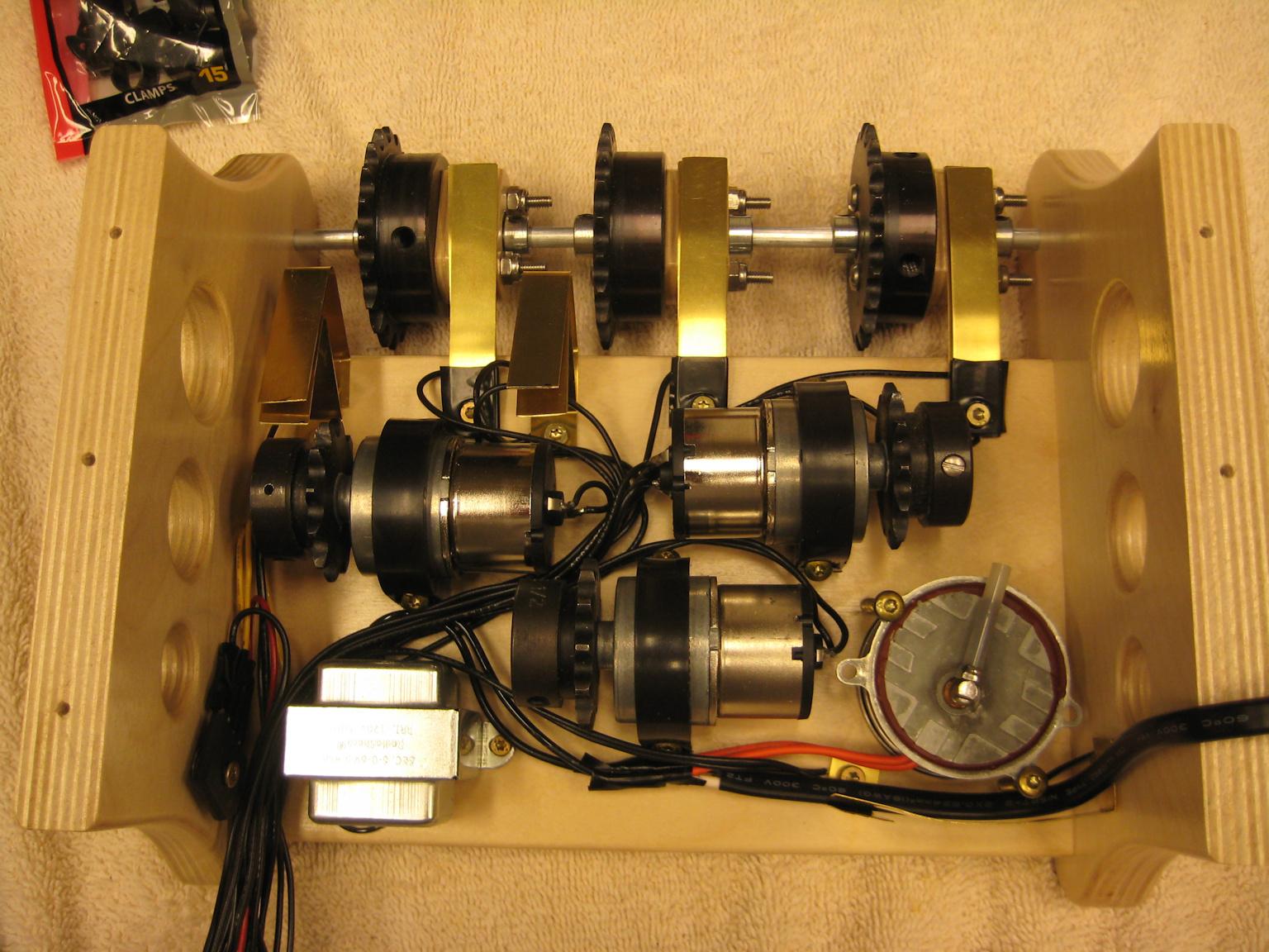 ChainClock-12.6-50.jpg