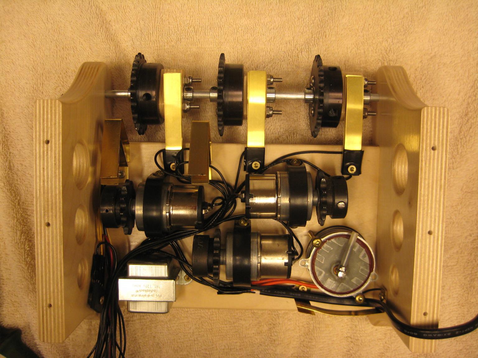 ChainClock-12.9-50.jpg