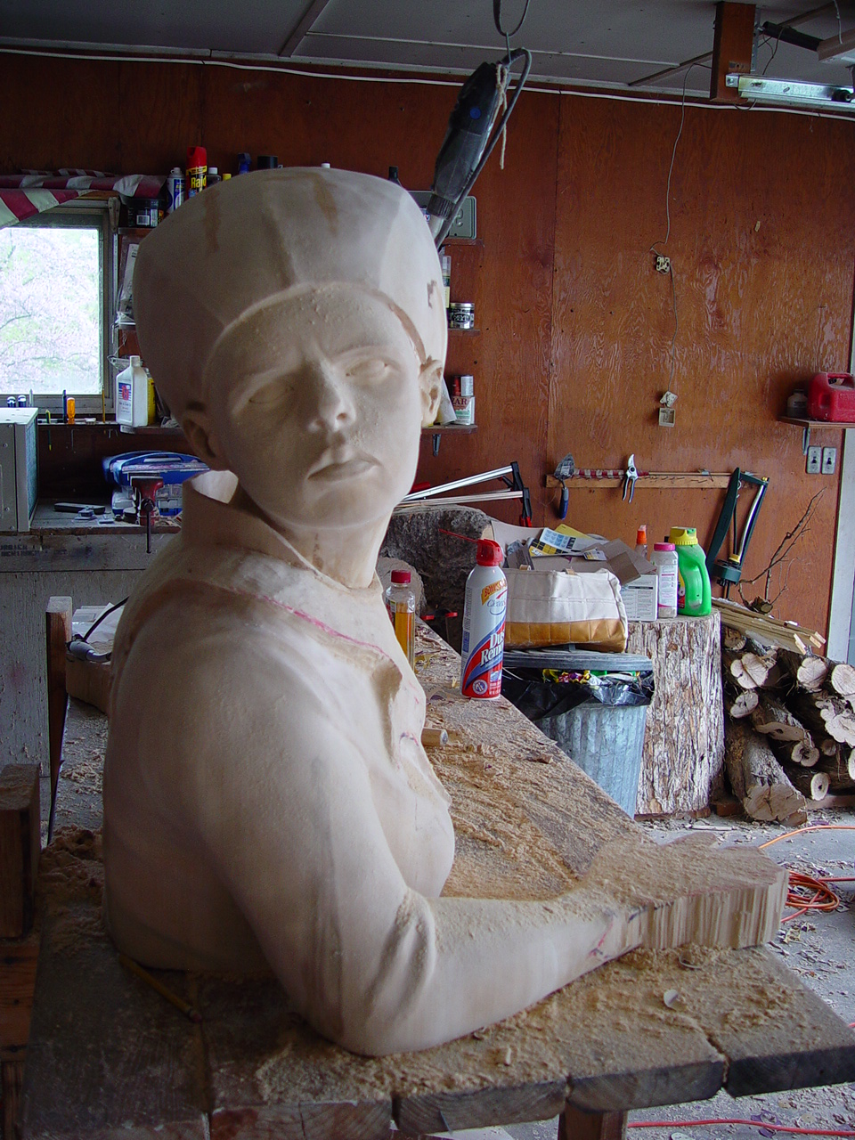 queen sculpture in progress seven