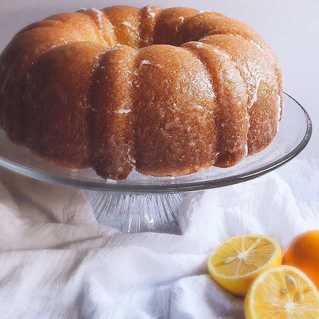 Meyer Lemon Cake with Lemon Crunch Glaze is the perfect dessert for your Easter celebration #lemon #lemoncake #meyerlemon #easter #eastercake #easterdessert #springbaking #easterbaking #bundtcake #lemondessert