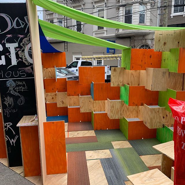 PARK(ing) Day 2019! We have had a great turnout with a lot of creative ideas! The best part has been the interaction with the public about issues related creating better spaces in our cities.  #parkingday  #parkingday2019