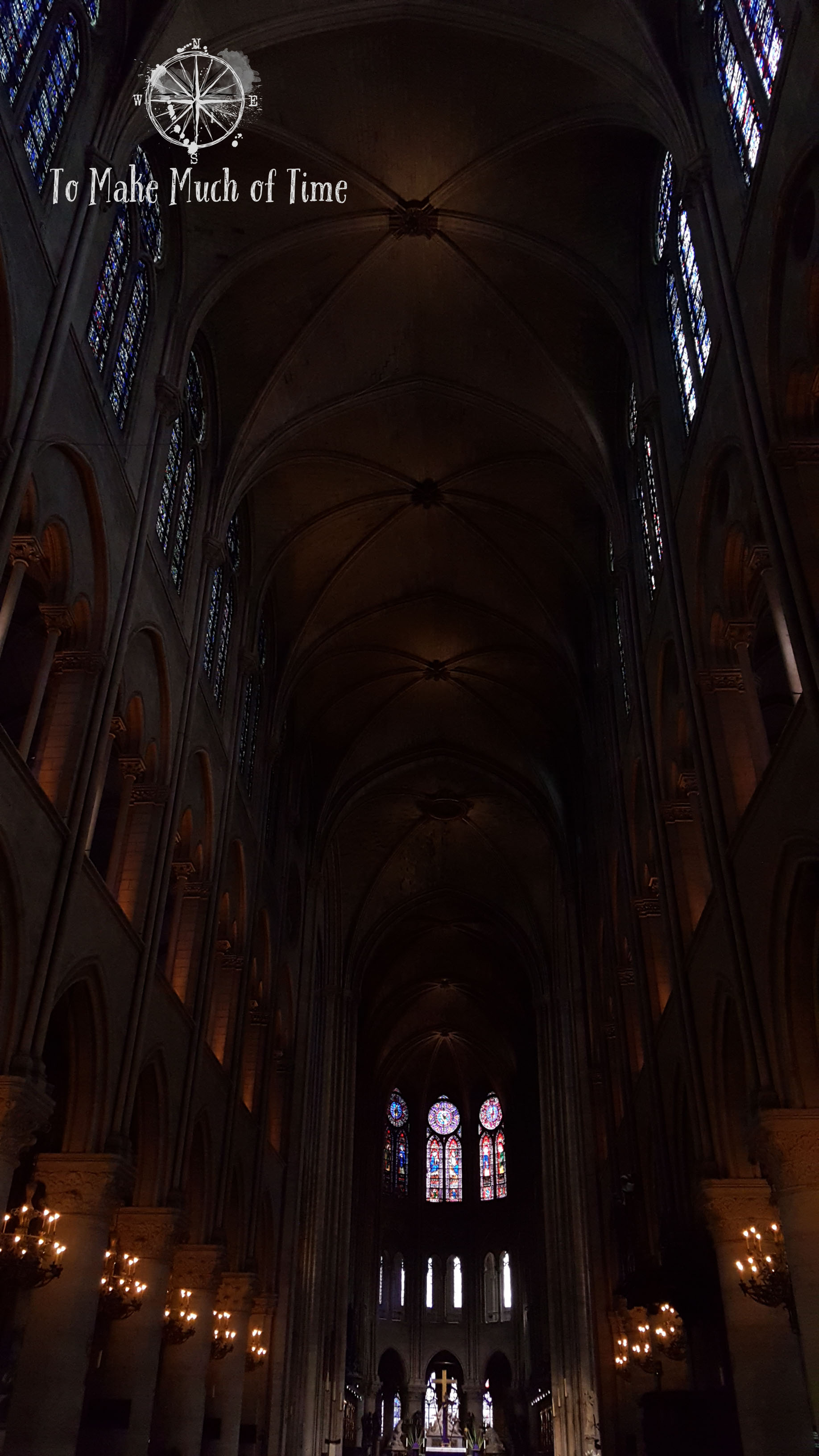 Trying to take a photo of the Notre-Dame altar and arched ceiling without catching any people in the frame was a bit of a challenge.
