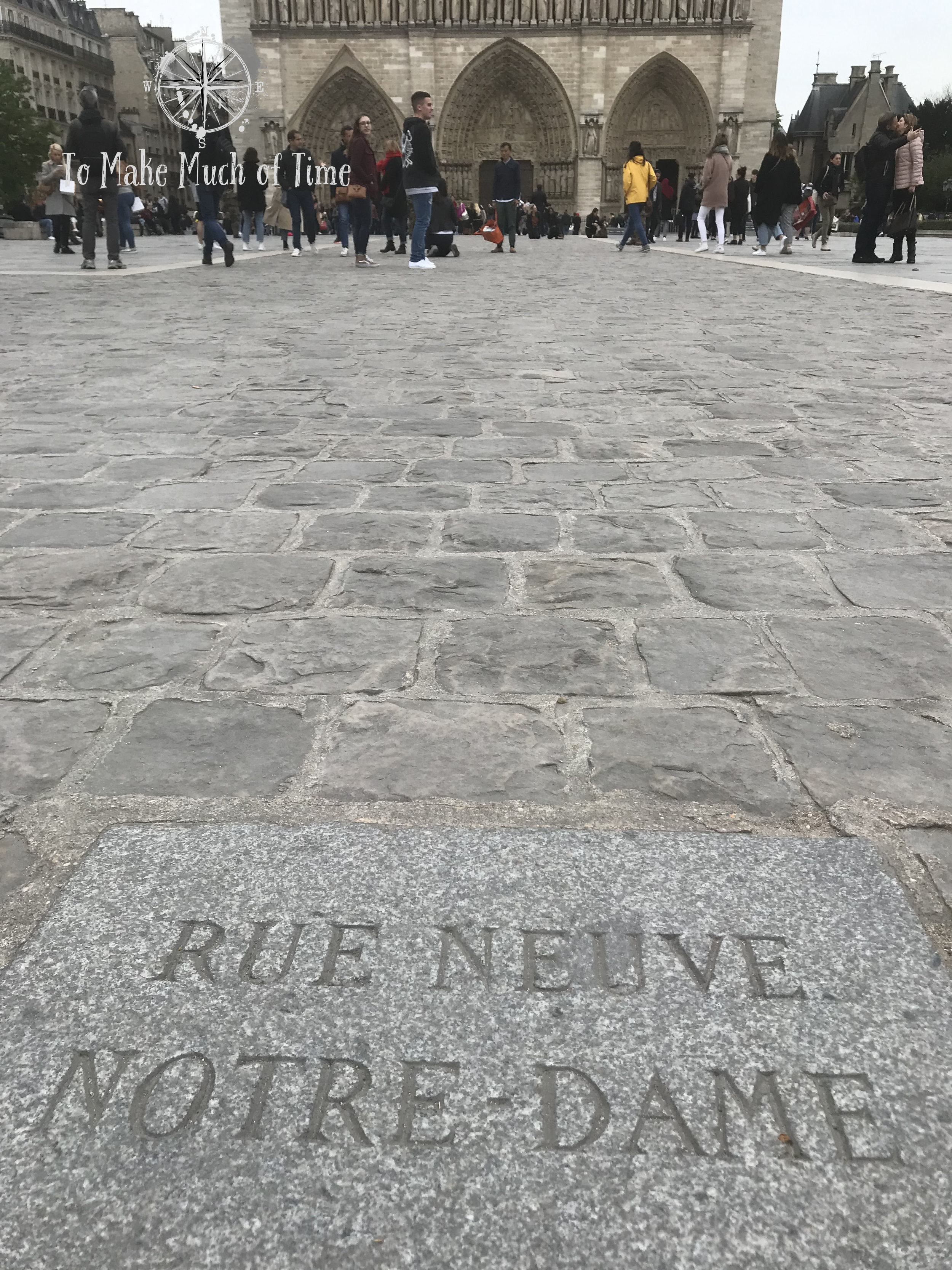 Rue Neuve Notre-Dame | Paris France | To Make Much of TIme
