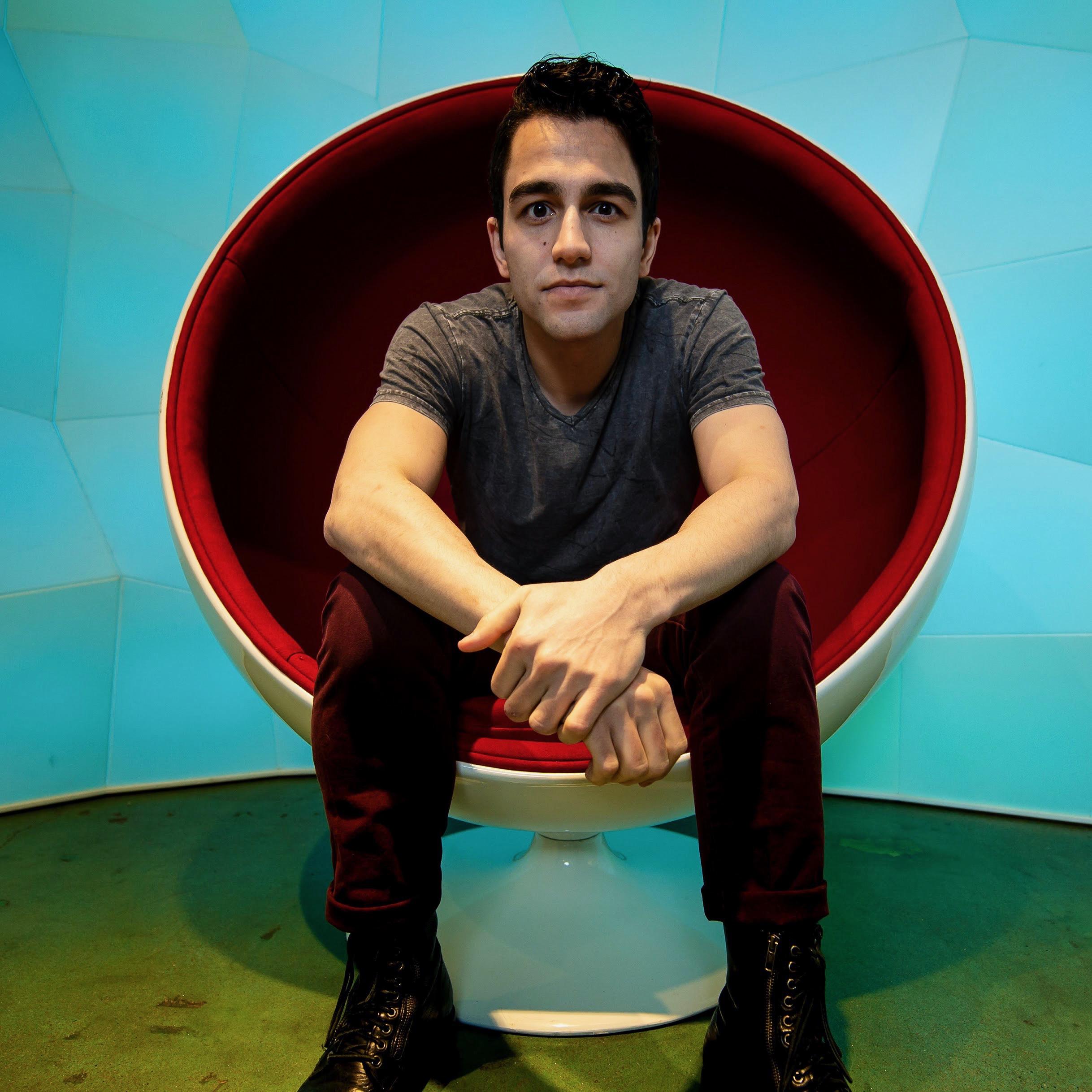 Ollie red chair.JPG