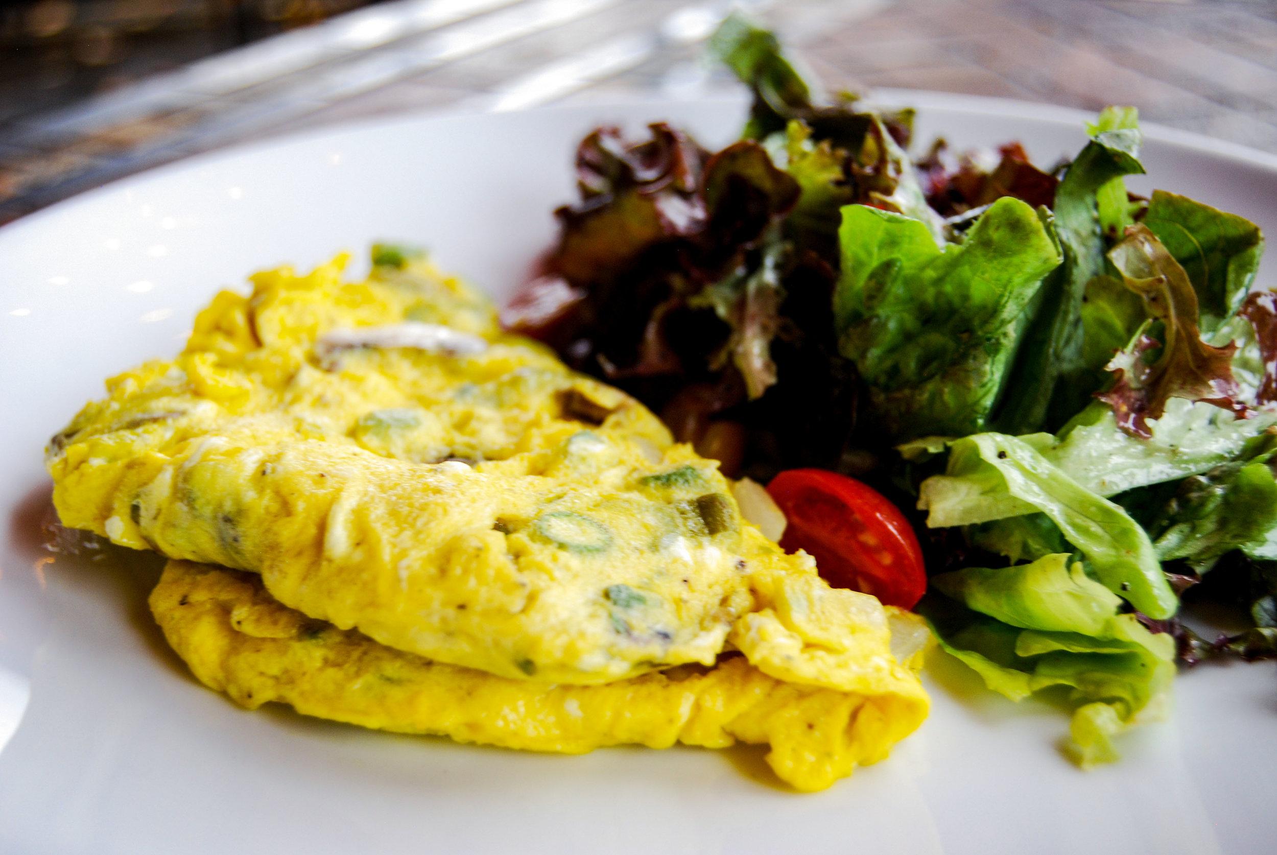PB.Food.Omelet.August2018.DSC_0478_KGT.jpg