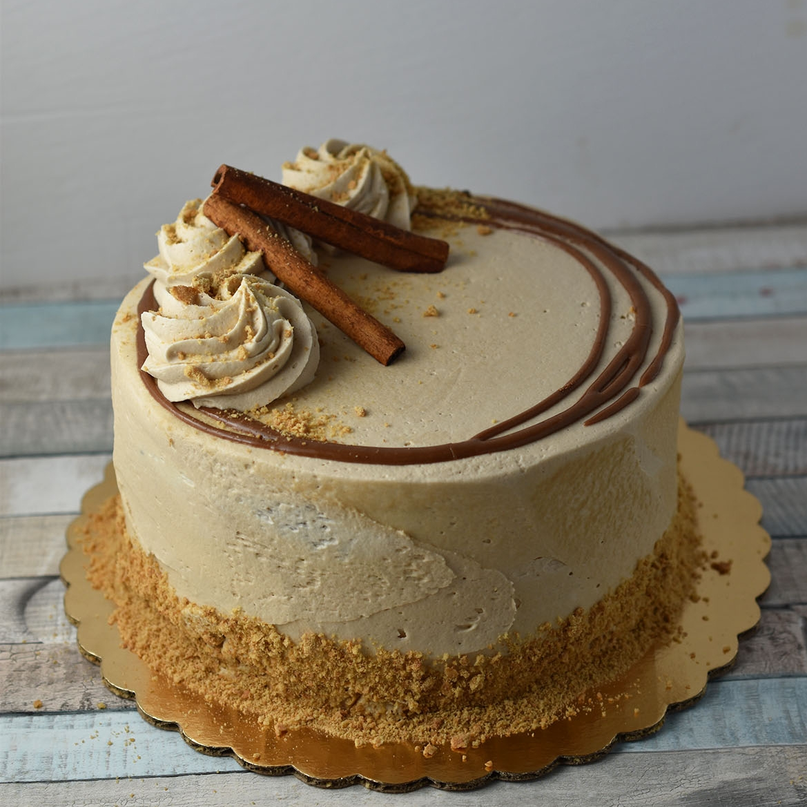 Pumpkin Maple - To all the pumpkin lovers out there, this cake is for you! Super moist pumpkin cake covered in a perfectly sweet maple frosting. Bring on the fall flavors!