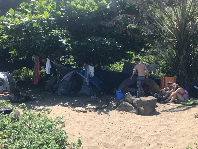 Campsite of American tourists in Kauai