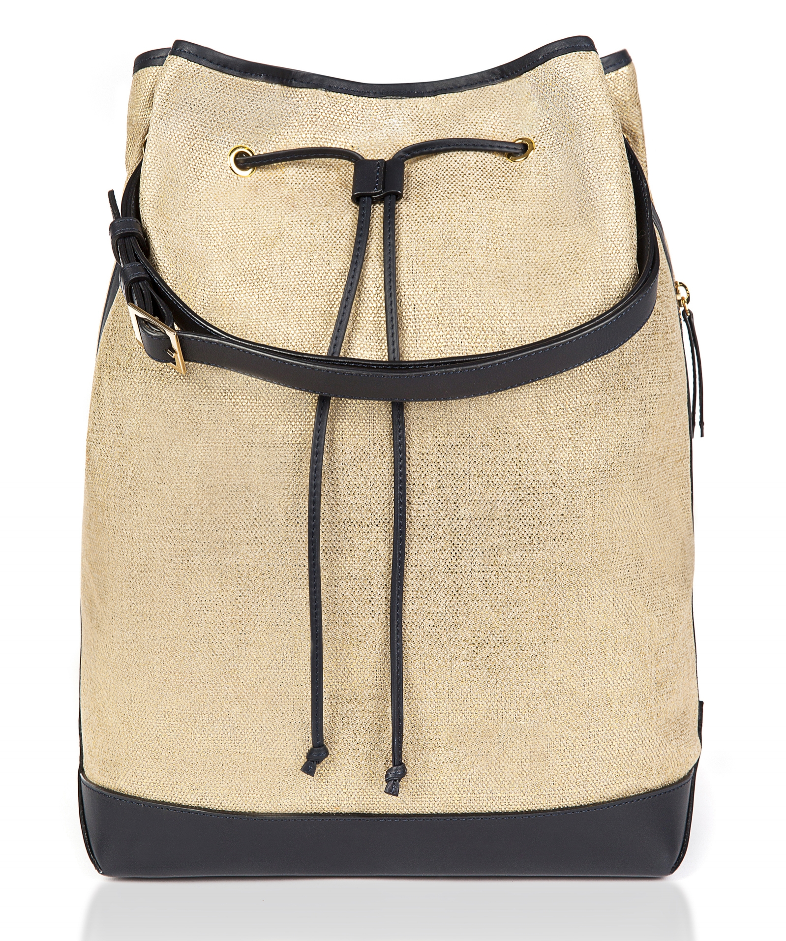 SCW Interiors Life Hacks Blog Post : My Holiday Wish List that includes this Montunas canvas backpack