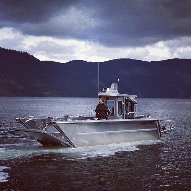Some shots of a recent sea trial for one of our landing craft builds. Typical Wet Coast scenery. Visit www.lifetimerboats.com to check out the huge range of fully customizable vessels we offer to meet all your #boating needs. #lifetimerboats #lifetimer #aluminumboat #landingcraft #dday #adventure #explore #workboat #boatlife #minibarge #westcoast #pnw #troopcarrier #atv #dirtbike #sidebyside