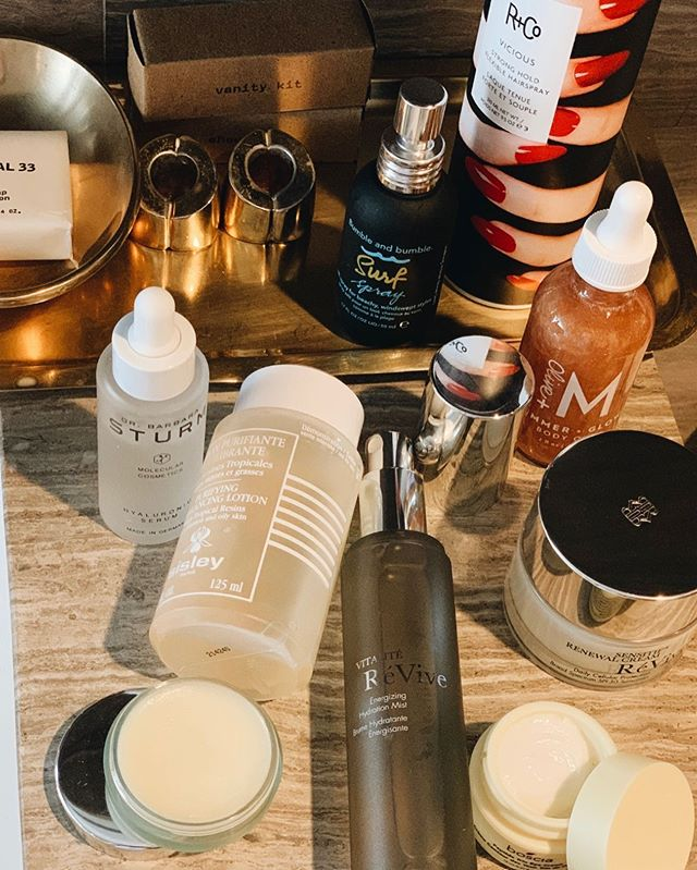 Here are my essentials that all came with me to the desert this weekend ✨💫☀️ . . . @sisleyparisusa Purifying Rebalancing Lotion which leaves your complexion feeling so fresh after you cleanse  @drbarbarasturm Hyaluronic Serum for that intensive hydration (necessary post sun) @reviveskincare Sensitif Renewal Cream SPF30 @boscia New Peptide Trio Eye Cream @bumbleandbumble Surf Spray which I spray onto damp hair for extra volume and texture  @randco Vicious Spray which I use on dry hair afterwards to hold onto those waves @oliveandm Shimmer Glow Body Oil for that extra added subtle glow @lamer The Lip Balm as it is THE one thing that instantly helps soften dryness