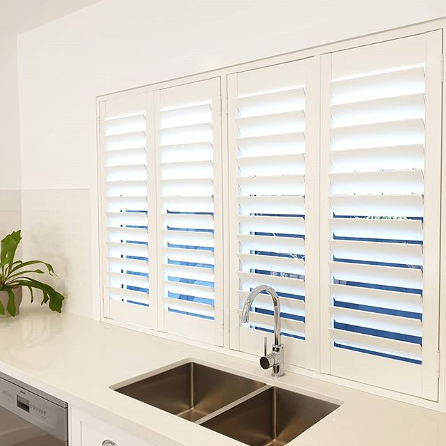 It's often difficult to decide on a window treatment for a kitchen, it needs to be cozy yet practical. We are always excited to suggest our Thermalite Plantation Shutters. Thermalite is water resistant, fire retardant and provides 2-3 times the insulation of wood and vinyl shutters. Plus  they are made from 100% renewable material, meaning no natural resources are destroyed in the manufacturing process. . . . . . #plantationshutters #shutters #whiteshutters #customshutters #bespokeshutters #madetomeasureshutters #craftsmanship #instadecor #interiorideas #kitchenwindow #interiordesignideas #housetohome #instagood #renovation #windowtreatment #madeinaustralia #madeinmelbourne #windowdressing #windowcoverings #signatureblinds