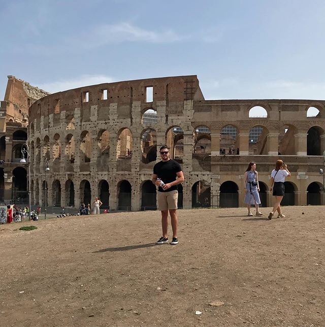 One of the worlds greatest structures and some ancient Roman ruin 🇮🇹 #EmperorMatteò