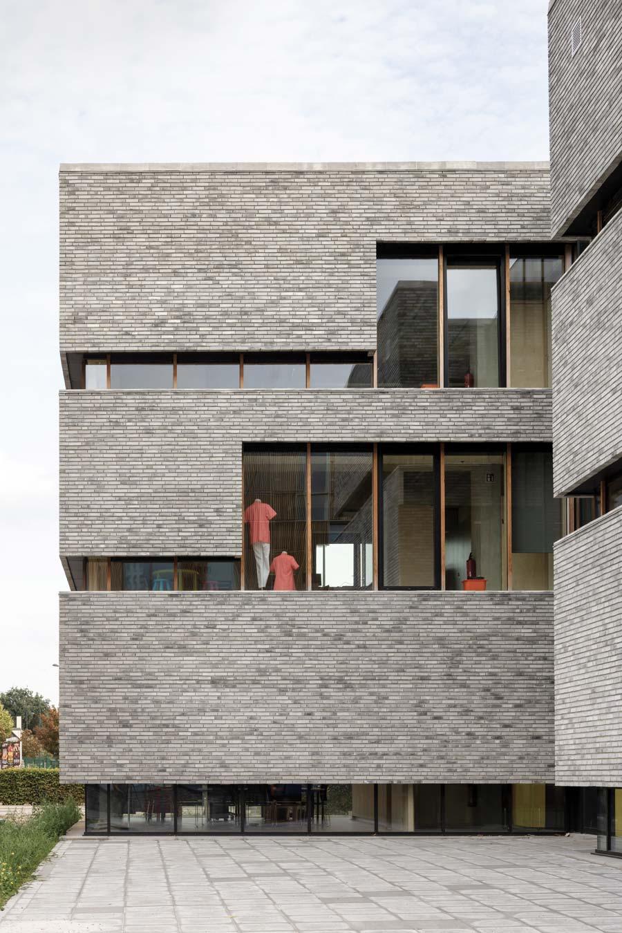 focus-archi-magazine-architecture-a2o_ScholencampusAtlascollege_StijnBollaert_1.jpg
