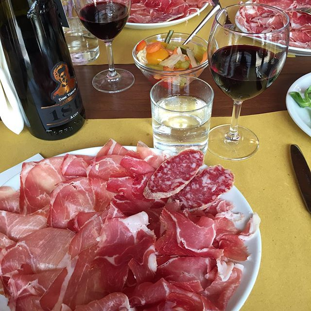 Having a great time visiting our fantastic small suppliers in Emiglia Romagna!! The food and wine is beyond delicious!! Buon Appetito!! #piacenza #parma #authenticitalian #watford #prosciutto #salame #tortelli #anolini #arrostomisto #salumi #vino #wine #daluigi #culatelleriarossi #gutturnio #lambrusco #luretta #ortrugo #italy #slowfood #piacentino #goodfood #smallsuppliers #foodtrip #winetrip #crostate #foodies