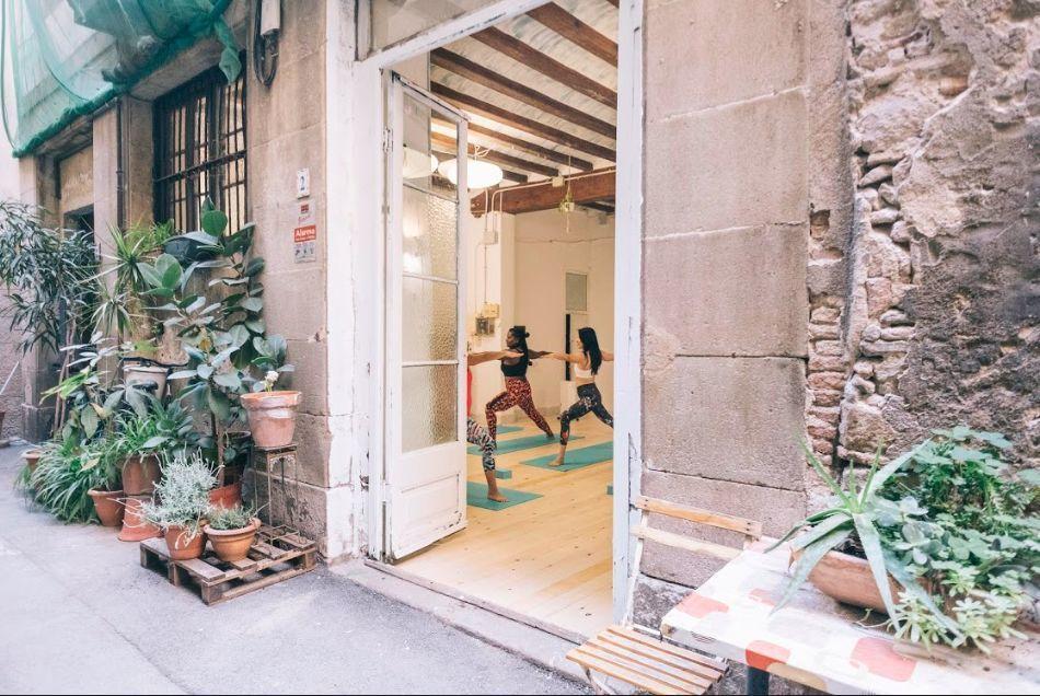 yoga classes english barcelona