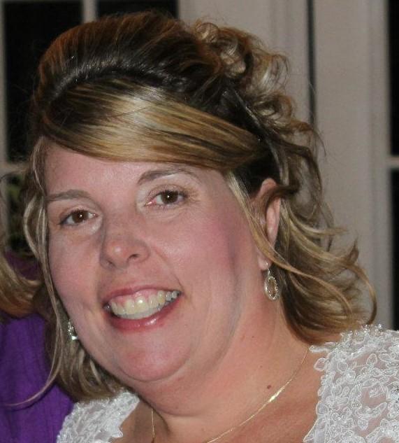 Kim McCullough - Agent / kimmccullough@d2travel.com