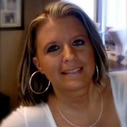 Shannon Bonadurer - Agent / shannon@d2travel.com