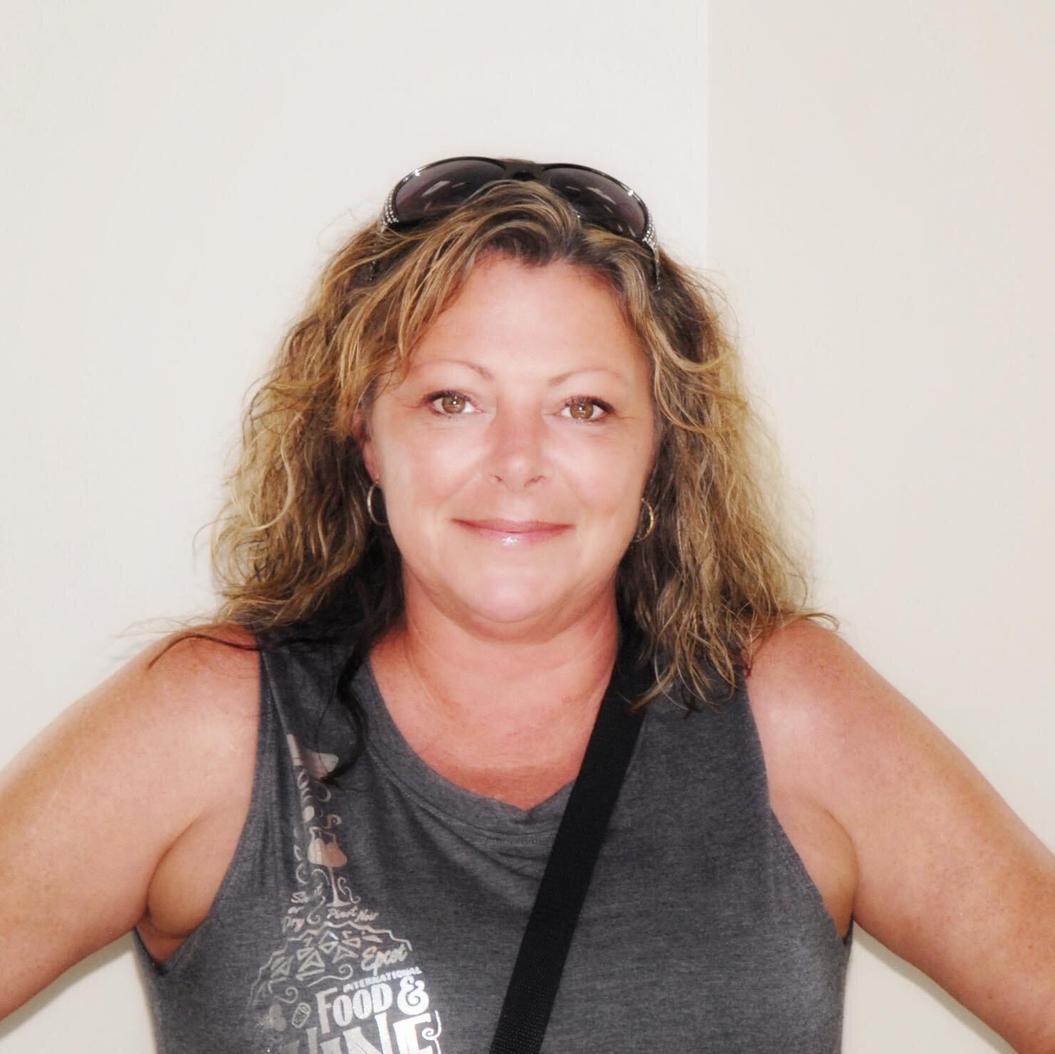 Becky Kowitz - Agent / beckyh@d2travel.com