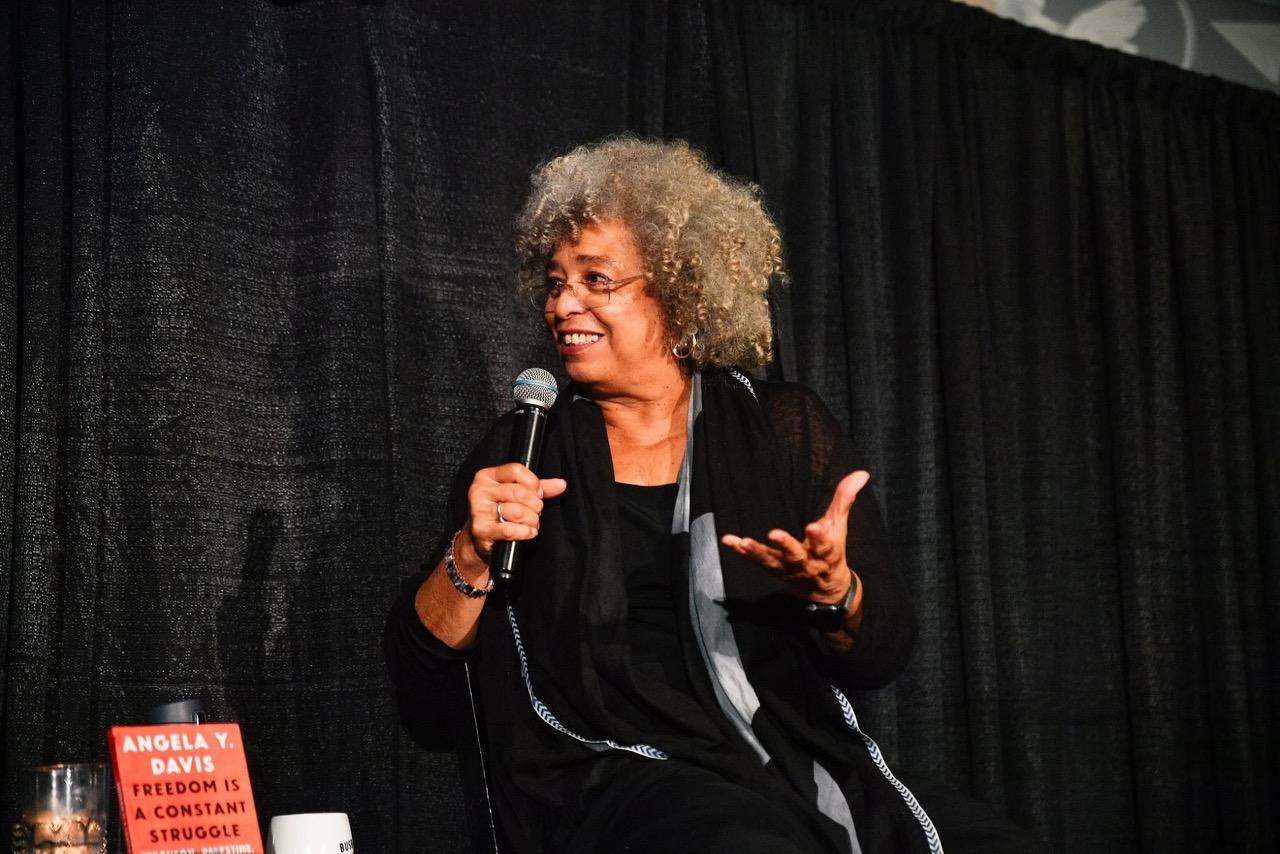 Angela Davis at Busboys & Poets, October 11, 2018. (Image: Busboys & Poets)