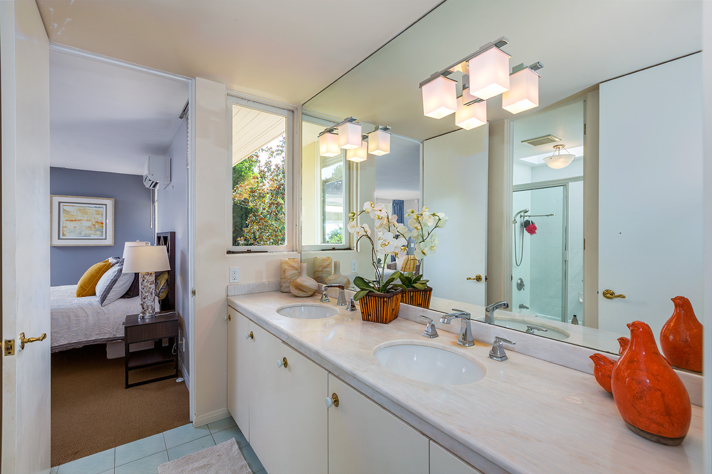 Bathroom with Twin Sinks
