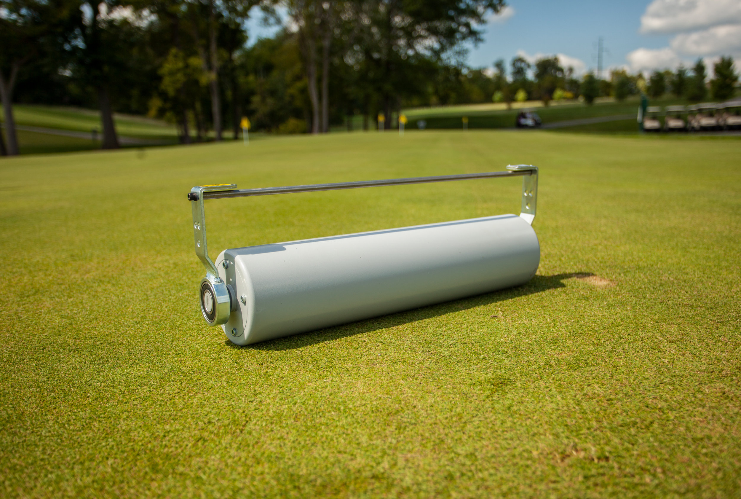 "Non-Vibratory Roller - Use the True-Surface® NV Roller insert as a non-vibratory option to greens rolling at a lower cost. Greens rolling will help you gain green speeds, smooth the turf, and raise your mowing height of cut.Roller Type: Non-vibratory greens rollerRoller Size: 5"" (127mm) diameter; 1"" (25.4mm) steel wall tube; 3"" (76.2mm) diameter removable weight barWeight: 74 lbs (33.6 kg) per roller; additional 38 lbs (17.2 kg) removable weight bar"