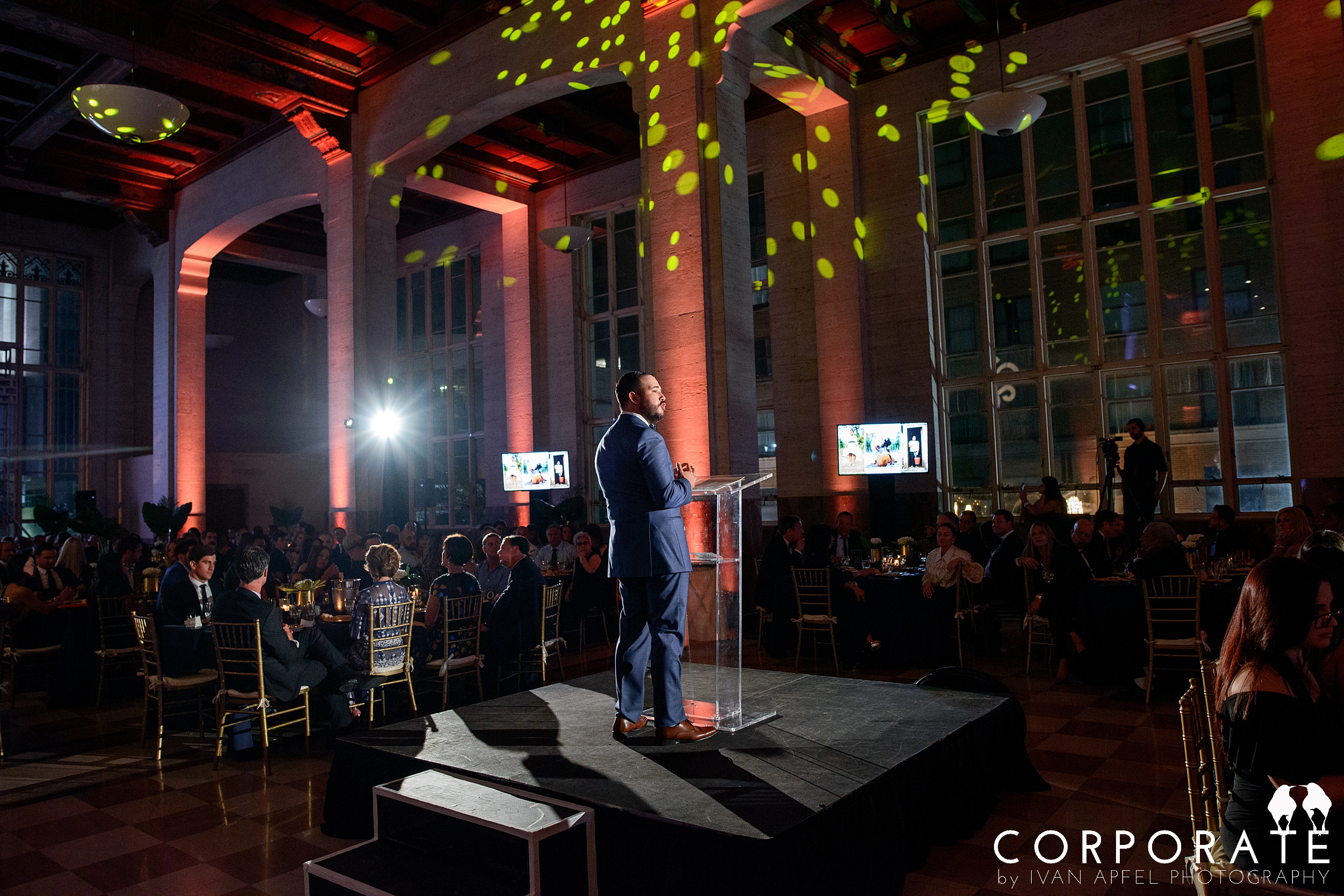 Miami Corporate Event Photographer Non-Profit Blue Missions Gala_0013.jpg